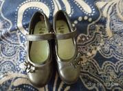 очень красивые и удобные туфельки clarks 13, 5 размер